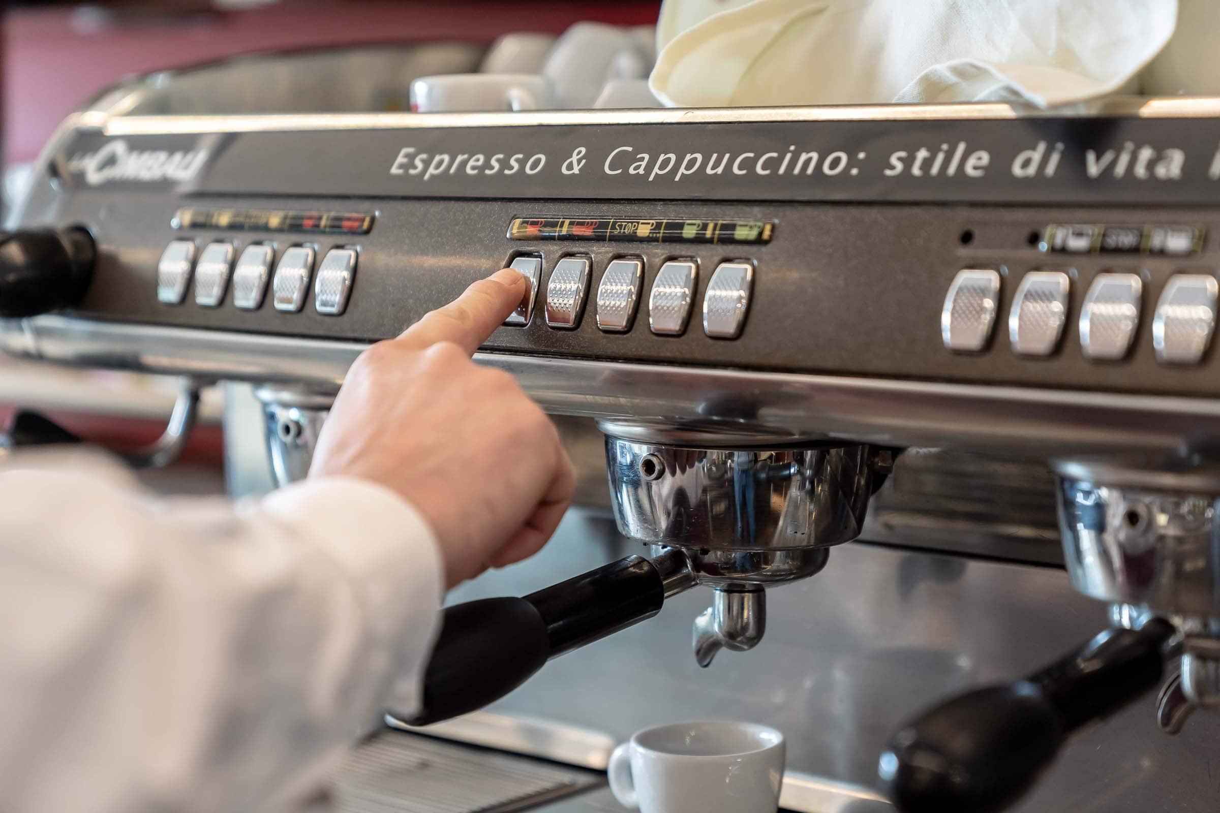 Quadriga Restaurant Kaffeemaschine für Esspresso & Cappucino